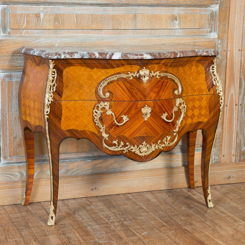 Chest of drawers Cressent Louis XV style