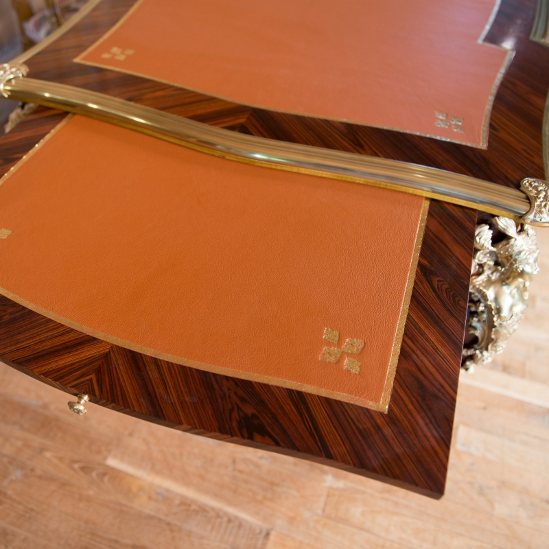 Desk Cressent of Louis XV style Desk Cressent of Louis XV style