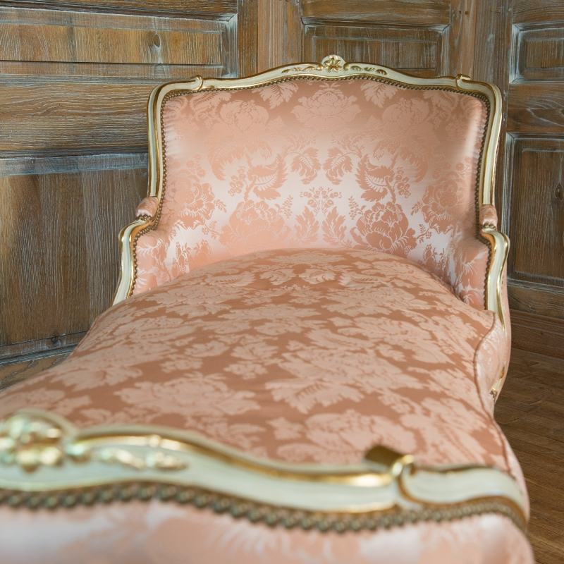 Easy chair of Duchess Avar Louis XV