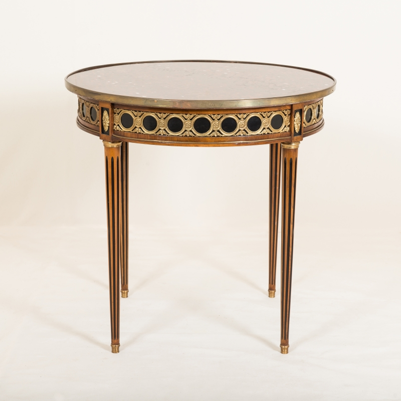 Table Rinceaux Louis XVI style